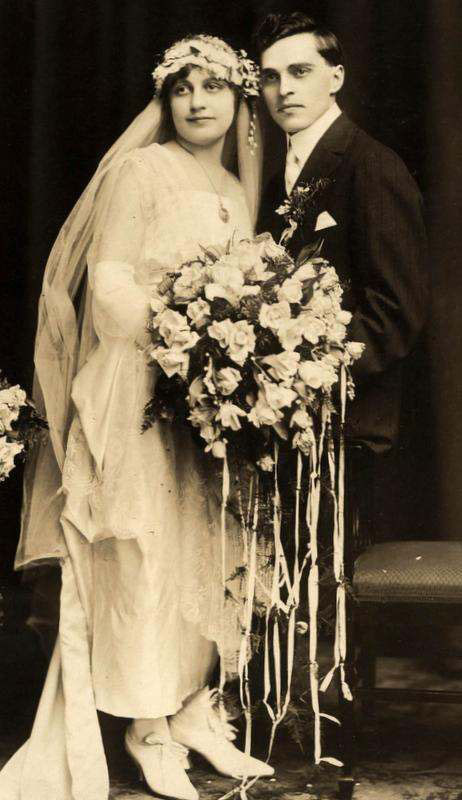 1910s-wedding-couple-2