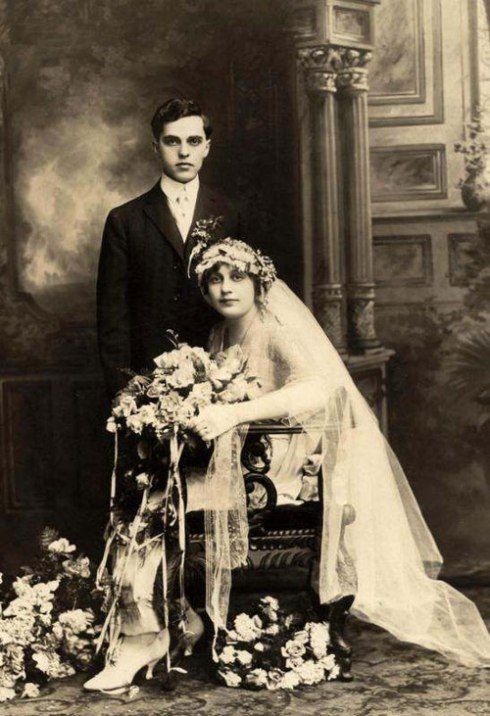 1910s-wedding-couple