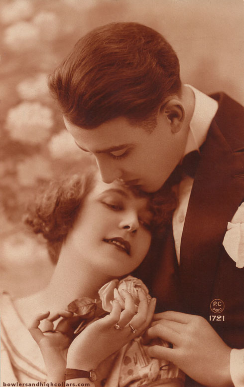 1920s French romantic postcard. Private Collection.