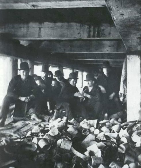 The Short Tails gang by Jacob Riis. 1887