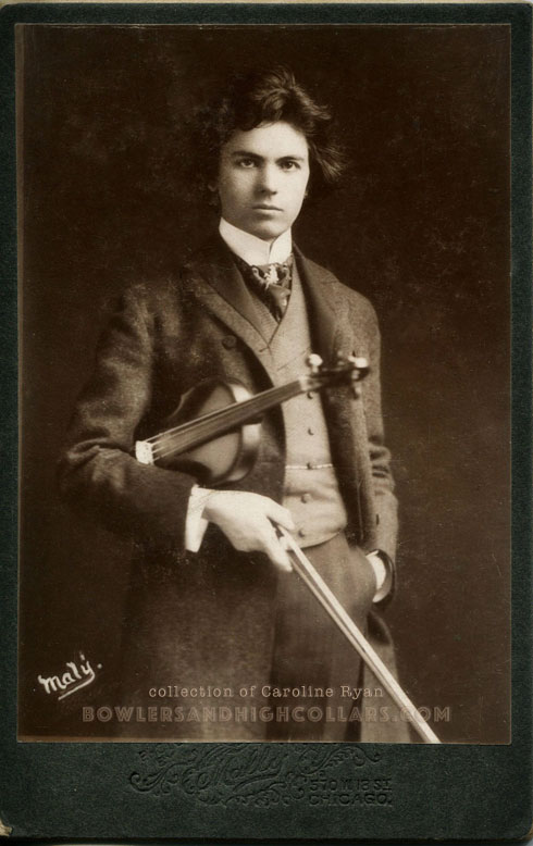 Violinist Jan Kubelík cabinet card by Mally, Chicago. Private Collection.