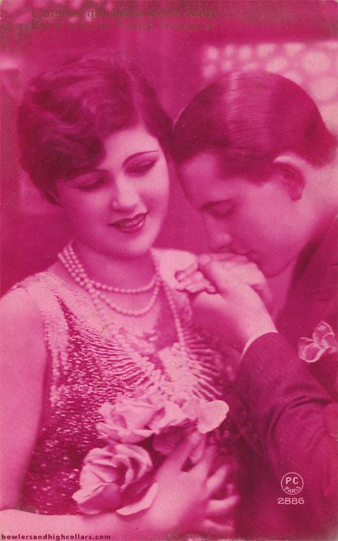 postcard-amour-trompeur-pink